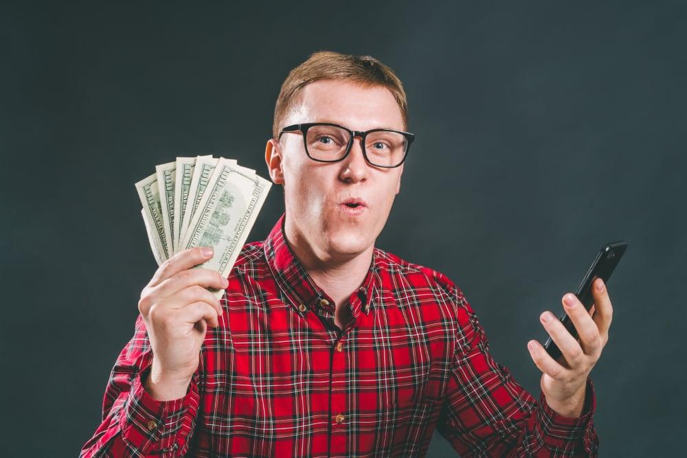 Jackpot på trav finns i många varianter där multijackpots är de mest eftertraktade.
